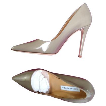 Diane von Furstenberg pumps