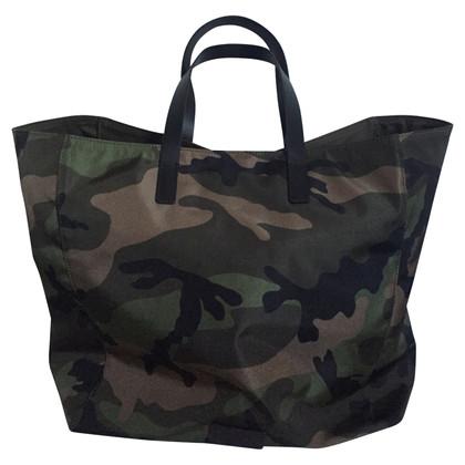 Valentino Handtas met camouflagepatroon