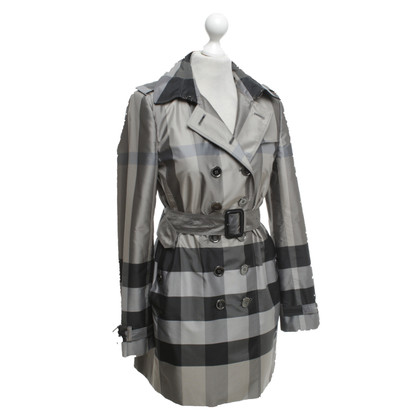 Burberry Coat with plaid pattern