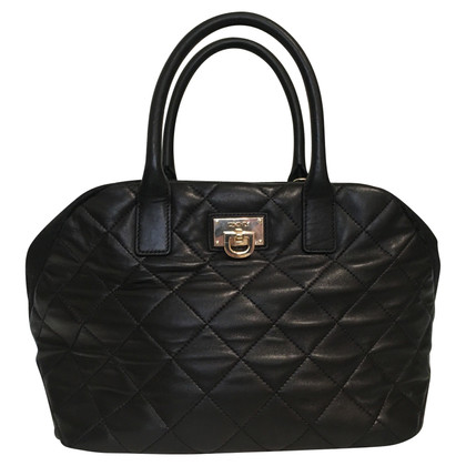 DKNY Handbag with quilted