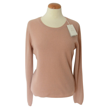 FTC Cashmere sweaters in Nude