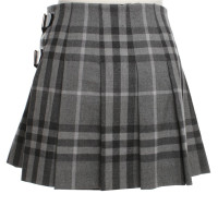 Burberry Pleated skirt with checked pattern