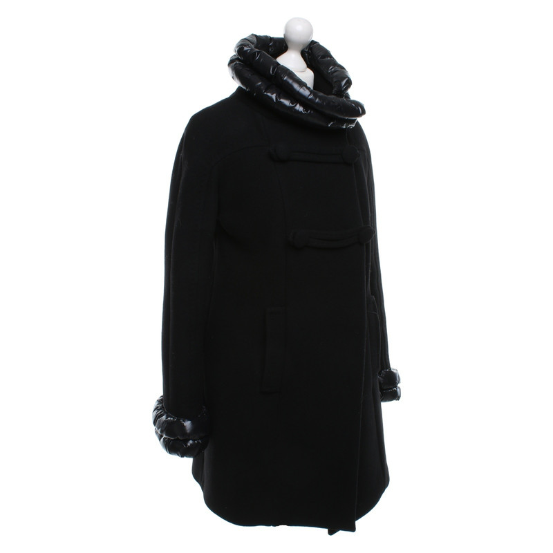 Schwarz Hand In Mantel Second Moncler bfy7g6Y