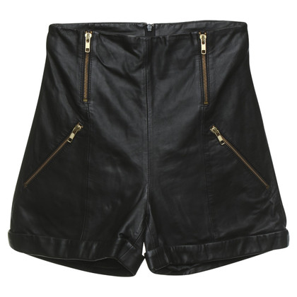 Gestuz Leather shorts