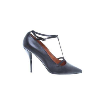 Lanvin Black leather pumps with playful strap