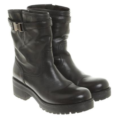 Prada Boots in Schwarz