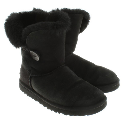 UGG Australia Boots in black