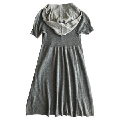 Armani Strickkleid in Grau