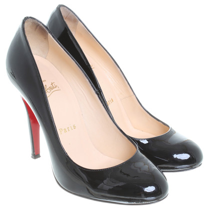 Christian Louboutin pumps in vernice nero