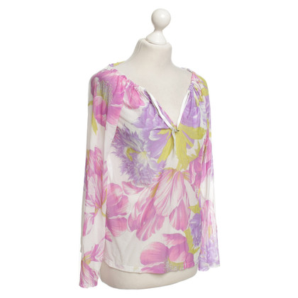 Ferre top with a floral pattern