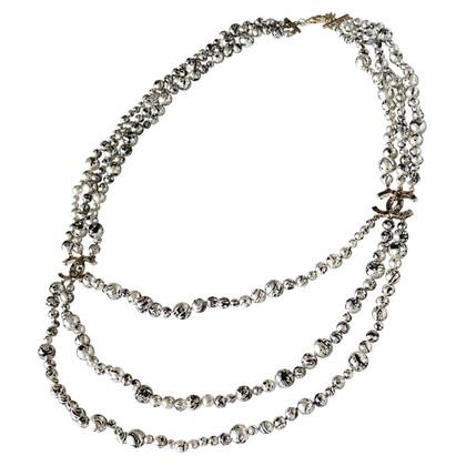 Chanel Perlenkette mit CC-Logo
