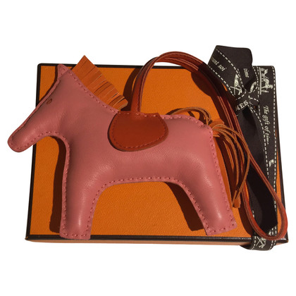"Hermès ""Rodeo MM"" in rosato"