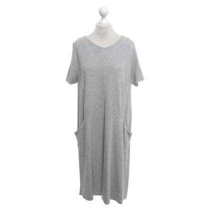 Cos Robe en jersey en gris