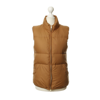 Closed Quilted sleeveless jacket in camel