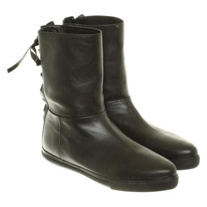 Miu Miu Laarzen in zwart