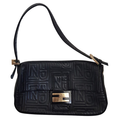 1bd15f8f8cb Fendi Tassen - Tweedehands Fendi Tassen - Fendi Tassen tweedehands ...