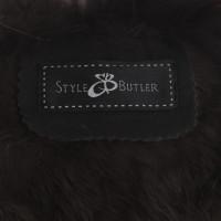 Style Butler Weste  mit Waschbärfell