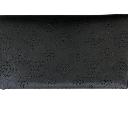 Louis Vuitton Geldbörse aus Monogram Mahina Leder