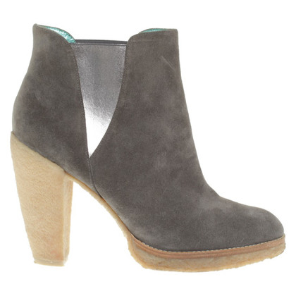 Belle by Sigerson Morrison Stivaletti in Grey
