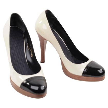 Golden Goose Pumps