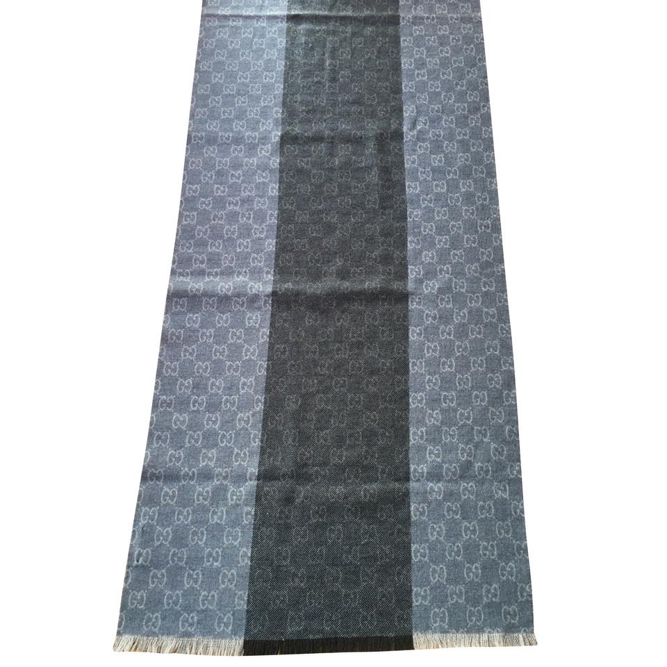 gucci schal second hand gucci schal gebraucht kaufen f r 160 00 2394948. Black Bedroom Furniture Sets. Home Design Ideas