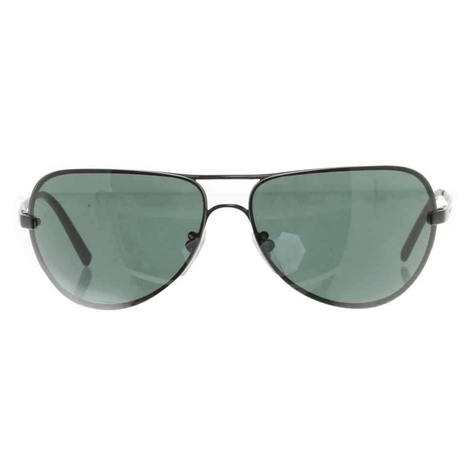 salvatore ferragamo sonnenbrille in schwarz second hand salvatore ferragamo sonnenbrille in. Black Bedroom Furniture Sets. Home Design Ideas