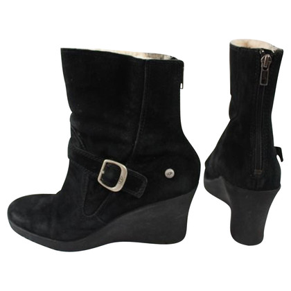Ugg Boots with wedge heel