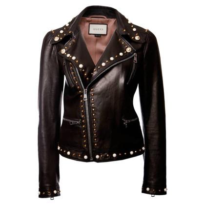 Gucci giacca da motociclista con perle e borchie dorate