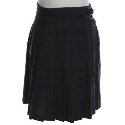 Burberry Pleated skirt in dark blue
