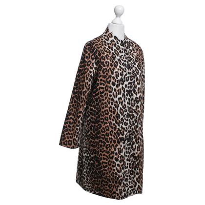 Ganni Cappotto con il modello leopardo