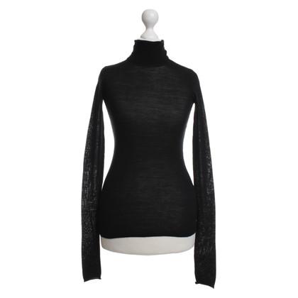 Joseph Sweater in black