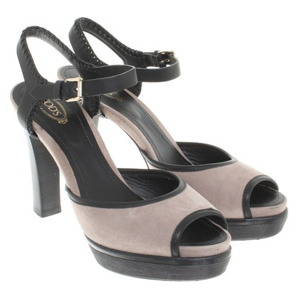 Tod's Sandals in black / beige