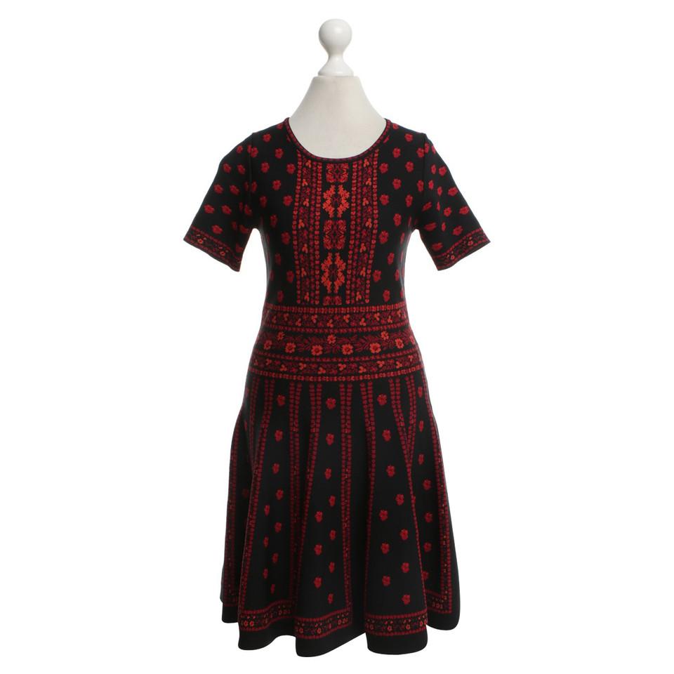 andere marke zo kleid mit blumenmuster second hand andere marke zo kleid mit. Black Bedroom Furniture Sets. Home Design Ideas