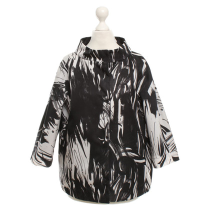 Herno Oversize jacket in black / white