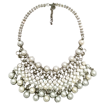 Valentino Chain with pearls