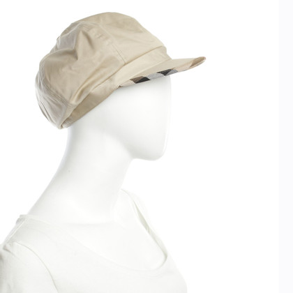 Burberry Cap in Beige