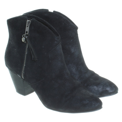 Ash Ankle boots in black