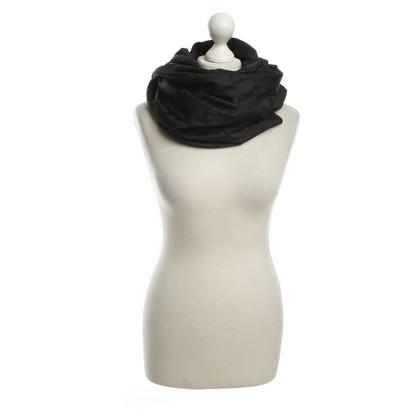 Hermès Schwarzer Schal