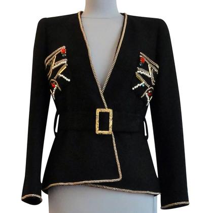 Chanel Jacke mit Schmuckelementen