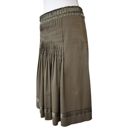 Schumacher skirt in olive embroidered with pearls