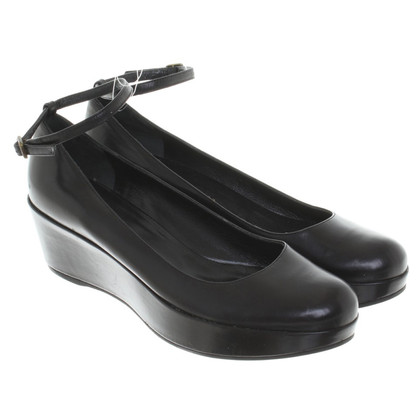 Marc by Marc Jacobs pumps in nero