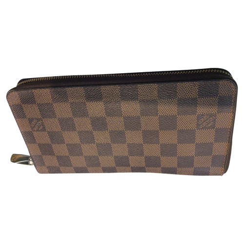 bf7d6692d76e Louis Vuitton Purse - Second Hand Louis Vuitton Purse buy used for ...