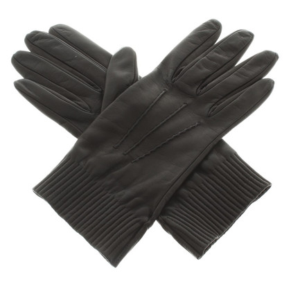 Prada Gloves made of nappa leather