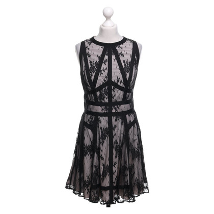 Karen Millen Lace dress in black / nude