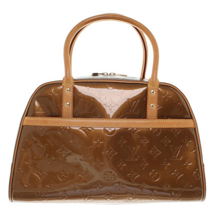 Louis Vuitton Handbag made of Monogram Vernis