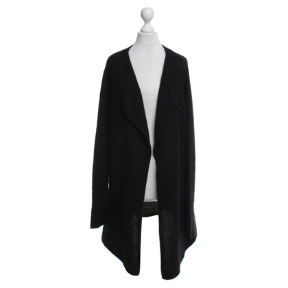 FTC Cashmere sweater in black
