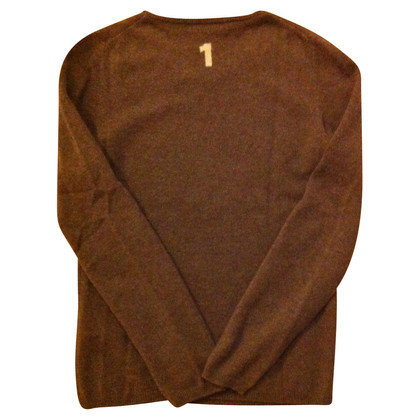 FTC Cashmere sweater