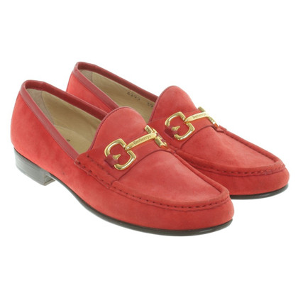Burberry Loafer in red
