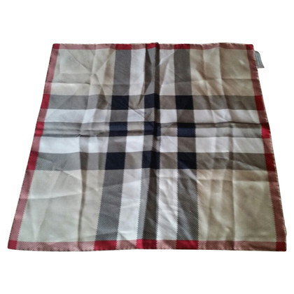 Burberry Foulard in silk