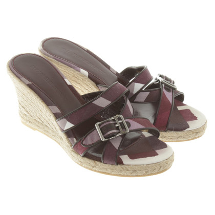 Burberry Wedges mit Muster